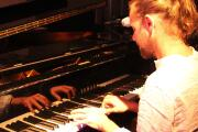 I will record keyboards, piano and hammond organ on your tunes 4 - kwork.com